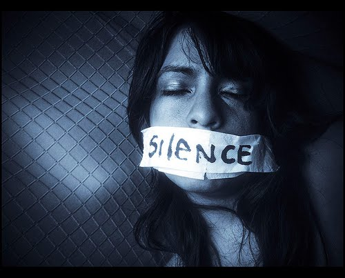 ظلم زبان