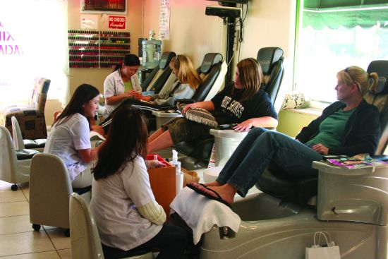 Vietnamese nail technicians