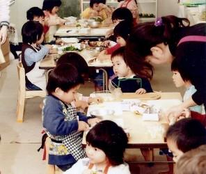 Montessori preschoolers in Tokyo preparing a feast