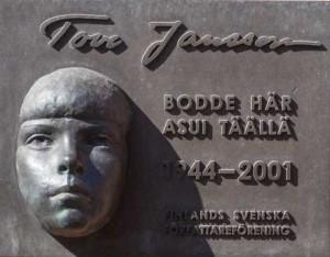 Bilingual Swedish-Finnish monument in Helsinki commenmorating globally beloved children's author Tove Jansson, a Swedish-speaking Finn (Source: vanderkrogt.net)