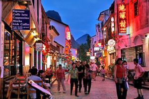 Yangshuo's West Street (Source: chinatravelca)